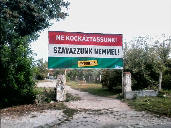 2016-os_magyar_kvotanepszavazas_kormanyplakat